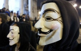 Hekerji Anonymous napadli spletno stran ameriške Cie