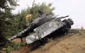 Čehi tihotapili tankovske dele v tujino