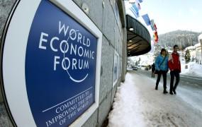 Bogati in mogočni se zbirajo v Davosu