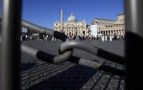 Vatikan: 18 mesecev zapora za papeževega majordoma