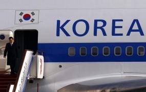 Severnokorejski begunci preko meje poslali balone s pecivom