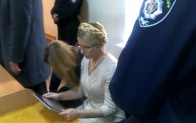 Sedem let zapora za nekdanjo ukrajinsko premierko Timošenkovo