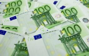 Španski Pahor? Poslanec težko shaja s 5100 evri ne mesec
