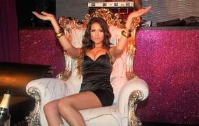 Berlusconi zanika seks z mladoletno Ruby