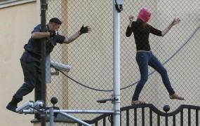 Hekerji vdrli na stran sodišča v podporo Pussy Riot