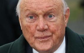 Nov pedofilski škandal BBC: Nekdanji voditelj priznal spolne napade na 13 deklic