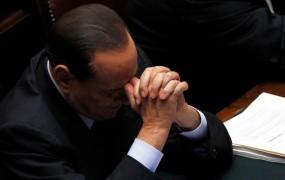 Demonstranti: Berlusconi, odstopi!