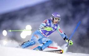 Mazejeva druga na slalomu v Aareju