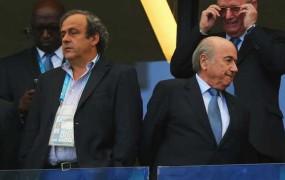 Platini izziva Blatterja: Odstop preiskovalca Garcie je nov udarec za Fifo