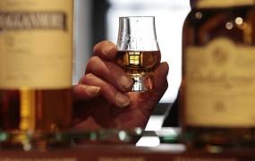 Na Škotskem na voljo oblačila z vonjem po viskiju