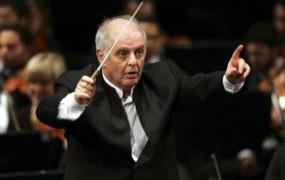 Jezni dirigent amaterske fotografe iz občinstva La Scale označil za slabo vzgojene