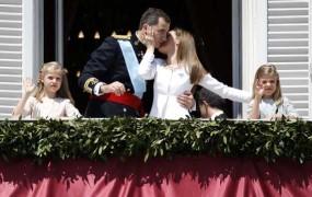 Odstopi, kronanja, naraščaj: 2014 je bilo pestro za evropske kronane glave