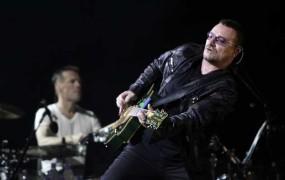 Bono zaradi nesreče mogoče nikoli več ne bo igral na kitaro