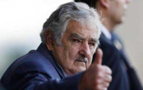 Avtoštoparju ustavil urugvajski predsednik