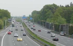 Anketa: Švedi najboljši vozniki v Evropi, Italijani najnevarnejši