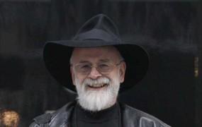 Umrl je slavni pisatelj fantastičnih romanov Terry Pratchet