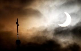 Danes bo viden delni Sončev mrk