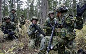 Japonska vojska z igro za pametne telefone novači nove vojake
