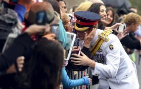 Princ Harry ne mara selfijev