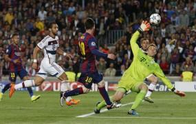 Fantastični Messi v zaključku tekme zlomil Bayern