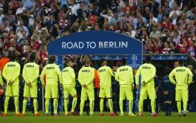 Barcelona kljub porazu v finale