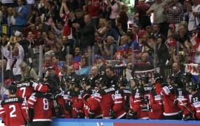 Na Češkem v hokejskih dvoranah med SP rekordnih 741.690 navijačev