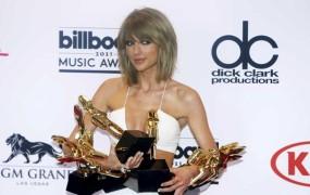 Taylor Swift pometla s konkurenco