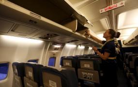 Fant prijavil lažen bombni preplah, da dekle ne bi zamudilo letala