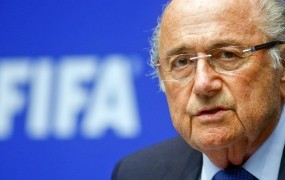 Blatter še noče oditi: Nisem odstopil