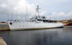Titova ladja se potaplja