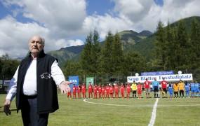 Blatter je TV pravice za SP 2010 in 2014 prodal za drobiž
