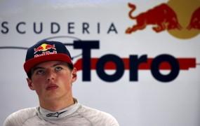 Zvezdnik formule 1 Verstappen končno opravil vozniški izpit