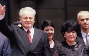 Miloševićeva vdova Mirjana Marković v avtobiografiji hvali Slobodana