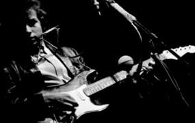 Bob Dylan z novim albumom na turnejo