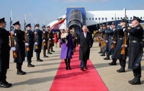 Princ Charles in Camilla na balkanski turneji