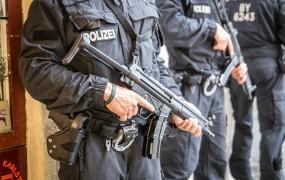 Dan po aretacijah so Nemci morali izpustiti domnevne teroristične osumljence