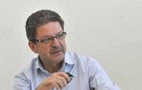 Fides po srečanju s Cerarjem spet grozi s stavko