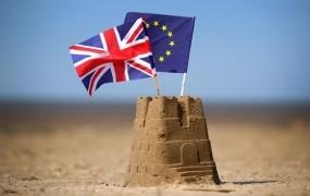 Velika Britanija po brexitu ne namerava znižati davkov