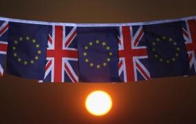 Zaradi brexita priseljenci iz V. Evrope, tudi Slovenci, zapuščajo Otok