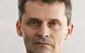 Cerar, vodja gibanja za izgubljeno stvar, Pahorju pa se je utrgalo