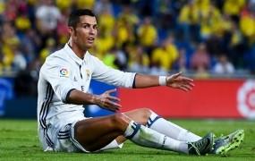 Ronaldo obtožen milijonske davčne utaje, grozi mu pet let zapora