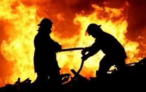Nočni požar v Ljubljani stanovalce pregnal na ulico
