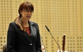 Ministrica Andreja Katič (SD) namesto v Dražgoše na »trubače«