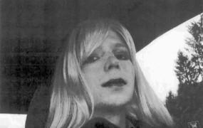Obama je pomilostil Chelsea Manning - se bo zdaj Assange predal ZDA?