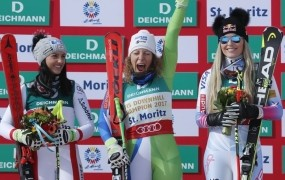 Ilka v St. Moritzu eksplodirala: S fantastičnim smukom do zlata!
