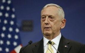 Mattis miri Iračane, ki jih je razburil Trump: Ne bomo vam vzeli nafte