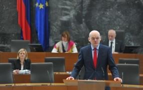 Obeta se 13 ur razprave o interpelaciji zoper pravosodnega ministra Klemenčiča