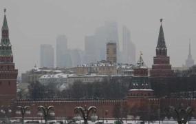 Iz Moskve hladna prha za slovensko politiko