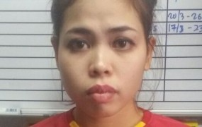 Ženska, ki je zastrupila Kimovega polbrata, za to dobila 85 evrov