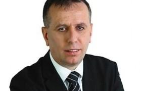 Cerar je gotovo preračunal, da mu napenjanje mišic proti Hrvaški utegne politično koristiti